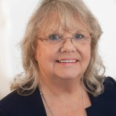 Arlene Bauck, Receptionist